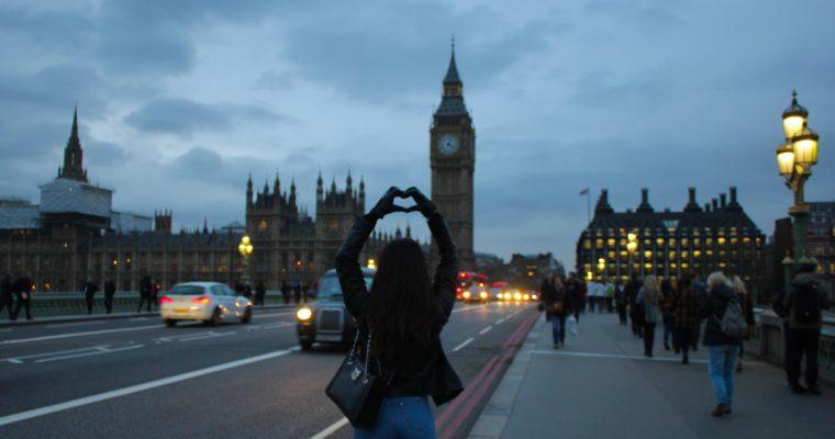 Londra, destinația perfectă pentru un Crăciun de poveste! Ghid de călătorie!
