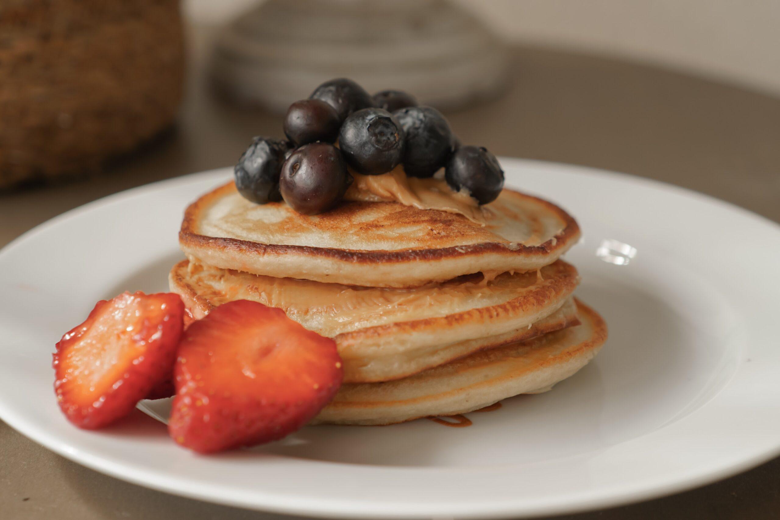 Pancakes –  clătite pufoase perfecte pentru mic dejun